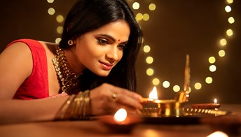 Financial planning tips for a brighter Diwali. thumbnail image
